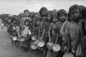 cambodia-refugees-ap-600x